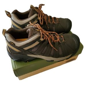 KEEN Men's Voyageur Trail Shoe Size 11